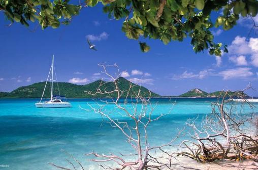 Интересные места и развлечения на островах Сент-Винстент и Гренадины.