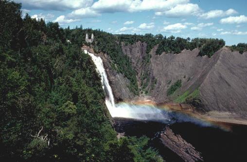 Экскурсия в город Квебек с посещением водопада Монморанси (Montmorency Falls)