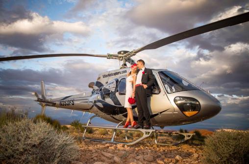 Свадебные церемонии с полетом на вертолете. Лас-Вегас и Большой каньон.