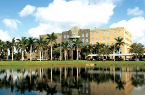 Летний лагерь в Nova Southeastern University, Fort Lauderdale