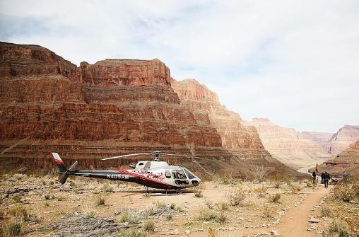 Большой Каньон. Вертолетные экскурсии с посадкой и наземной программой.