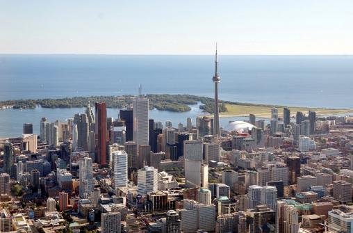 Обзорная экскурсия по Торонто с посещением телебашни Си-Эн-Тауэр.