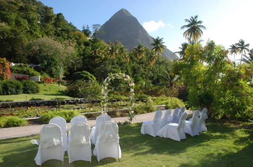 Свадебные программы в отеле Sugar Beach, A Viceroy Resort, на острове Сент-Люсия
