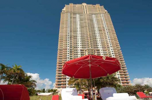 Встреча Нового Года в отеле Acqualina Resort & Spa on the Beach 31 декабря 2018 года